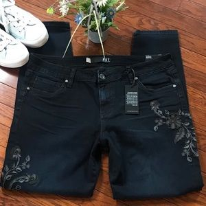 Kut from the Kloth dark blue floral ankle jeans